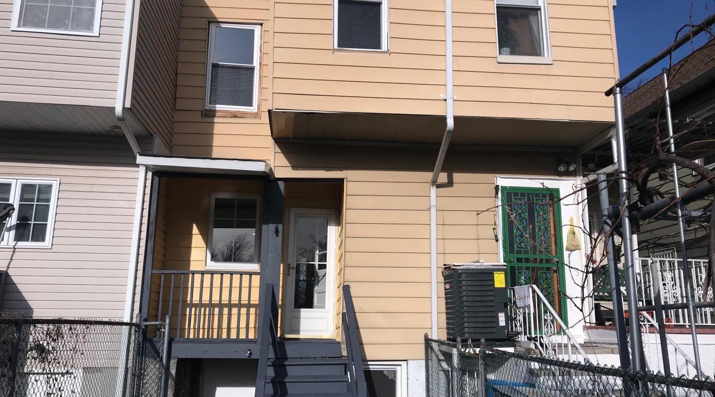 956 Dehart Pl Elizabeth, NJ 07202