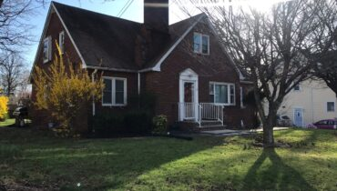 95 Highfield Road, Colonia NJ 07067